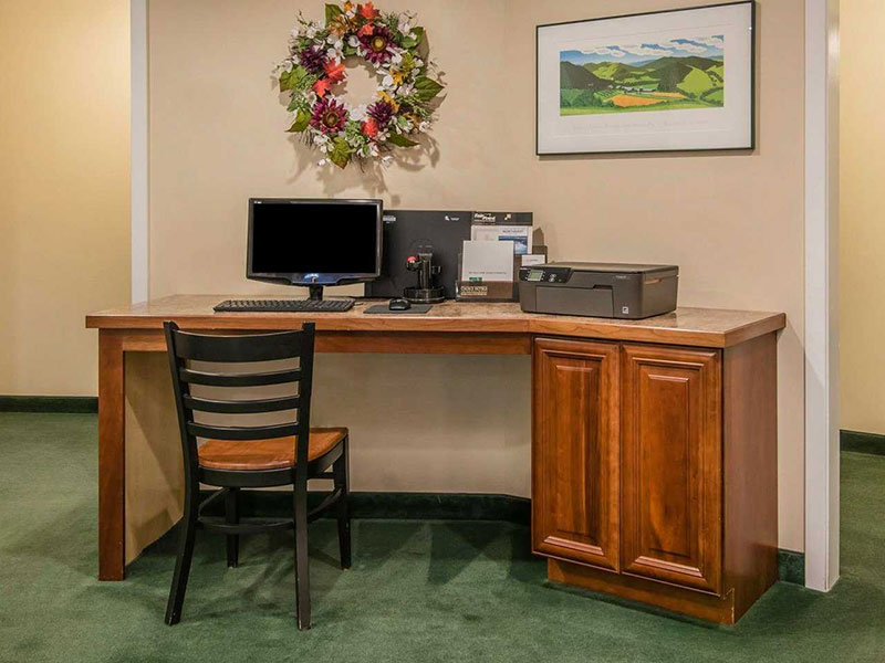 photo of hotel computer with printer