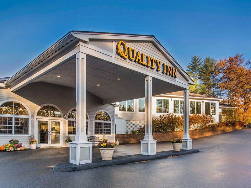 photo of exterior of Quality Inn at Quechee Gorge